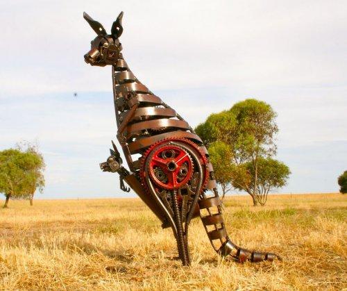 Металлические скульптуры животных, созданные Джорданом Сприггом (14 фото)