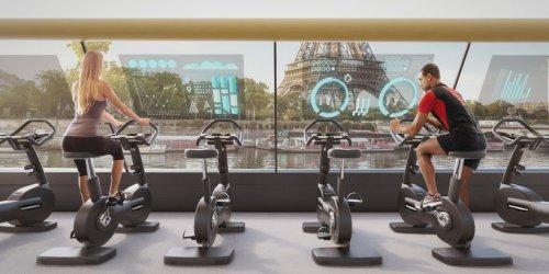 Плавучий фитнес-зал с автономным электроснабжением (5 фото)