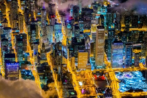 Потрясающие аэроснимки ночных городов от Венсана Лафоре (10 фото)