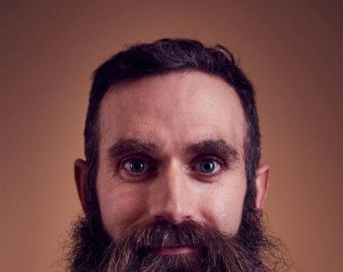 Как выглядит по-настоящему новогодняя борода (7 фото)