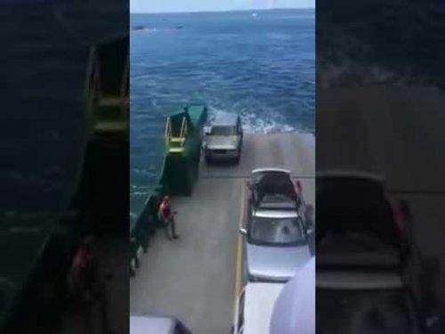 Как не надо перевозить автомобиль на корабле