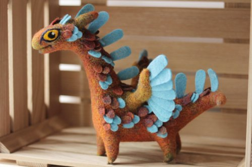 Войлочные драконы Алёны Бобровой (25 фото)