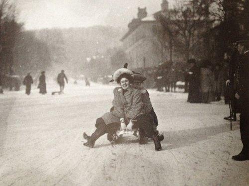 Самые трогательные исторические фотографии (23 фото)