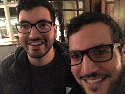 Люди, которые встретили своих двойников (28 фото)