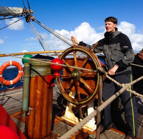 Авантюрист плывет в Антарктиду на 100-летнем корабле