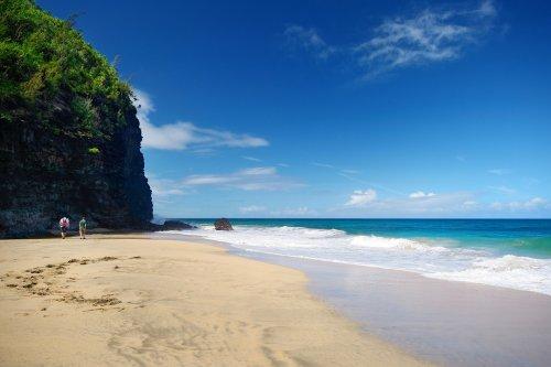 Прекрасные и опасные: пляжи, на которых лучше не отдыхать (10 фото)
