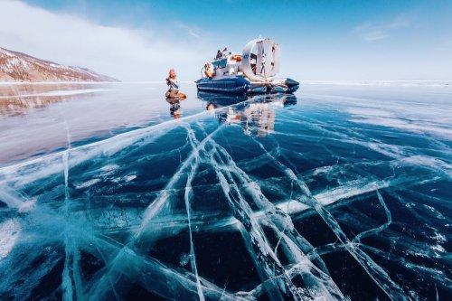 Замёрзший Байкал в фотографиях Кристины Макеевой (19 фото)