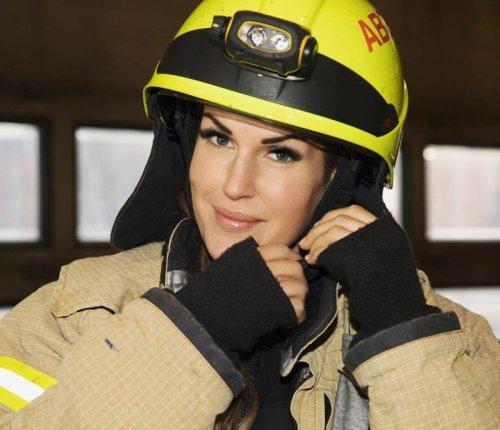 Гунн Нартен — самая популярная женщина-пожарный в Instagram (20 фото)