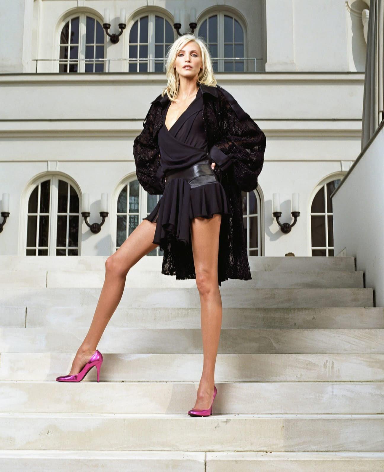 Модели женщины с длинными ногами фото 199-954