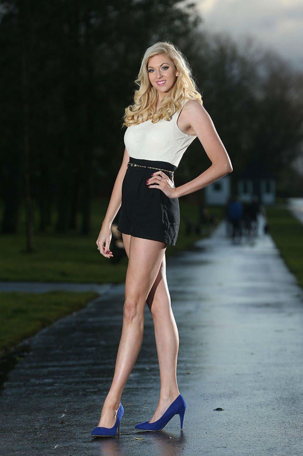Длинные ножки женщин