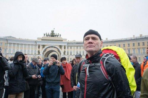 Пешее кругосветное путешествие 60-летнего петербуржца Сергея Лукьянова (6 фото)