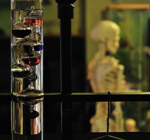 Термометр Галилея: история про красивую науку