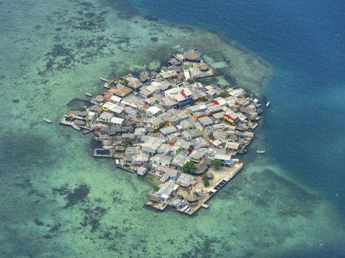 Санта Крус Дел Ислоте: перенаселенная утопия