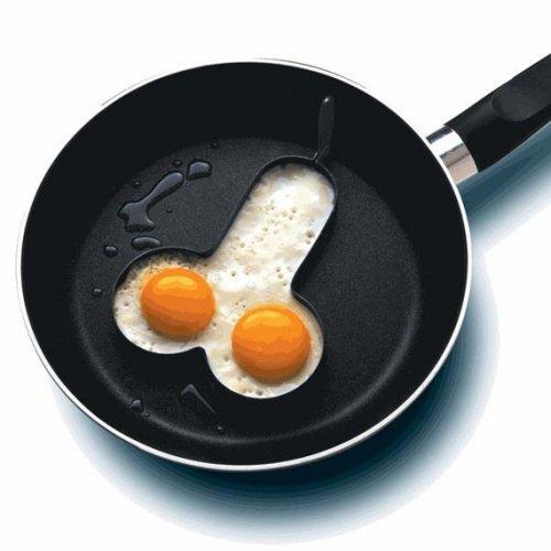 Яичница в виде пениса — настоящий завтрак для чемпионов