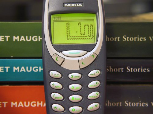Спустя 17 лет Nokia собирается вновь начать выпуск знаменитой модели 3310 (2 фото)