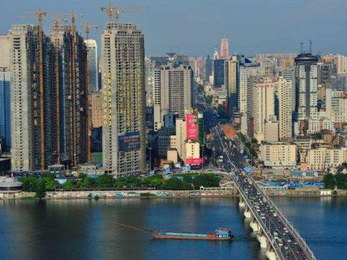 """Топ-25: Города мира с самыми большими """"пробками"""""""