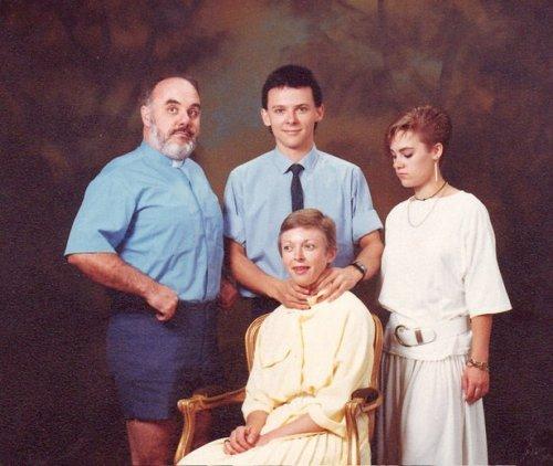 Странные и смешные семейные фотографии (27 шт)