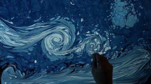 """""""Звёздная ночь"""" Ван Гога, нарисованная на воде"""