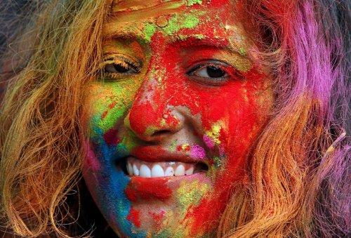 Холи-2017: фестиваль красок (28 фото)