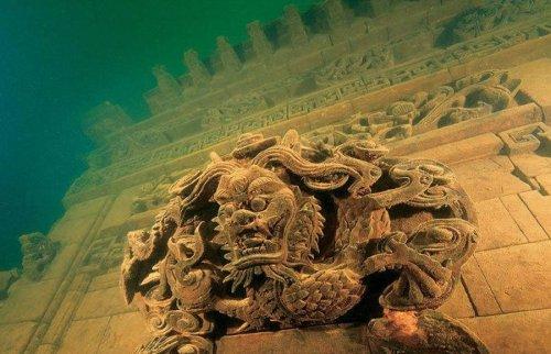 Подводные древние города (11 фото)