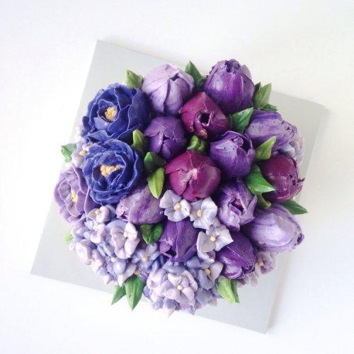 Потрясающие цветочные торты, вдохновлённые приходом весны (28 фото)