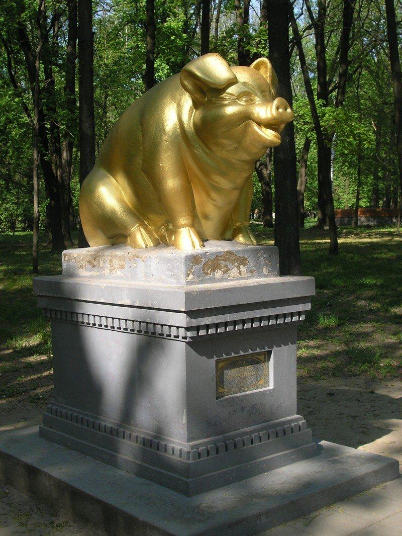 Памятники, посвящённые животным