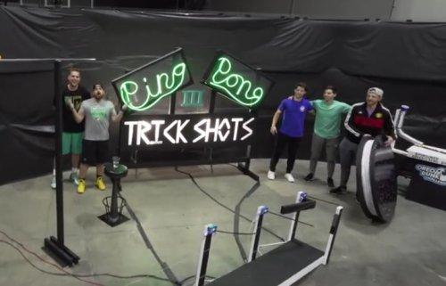 Невероятные трюки с мячами для пинг-понга