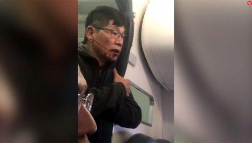 Реакция Интернета на скандал с пассажиром United Airlines, которого насильно высадили с рейса (12 фото + видео)