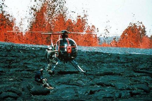 Топ-25: невероятные фотографии извержений вулканов, которые вы точно захотите увидеть