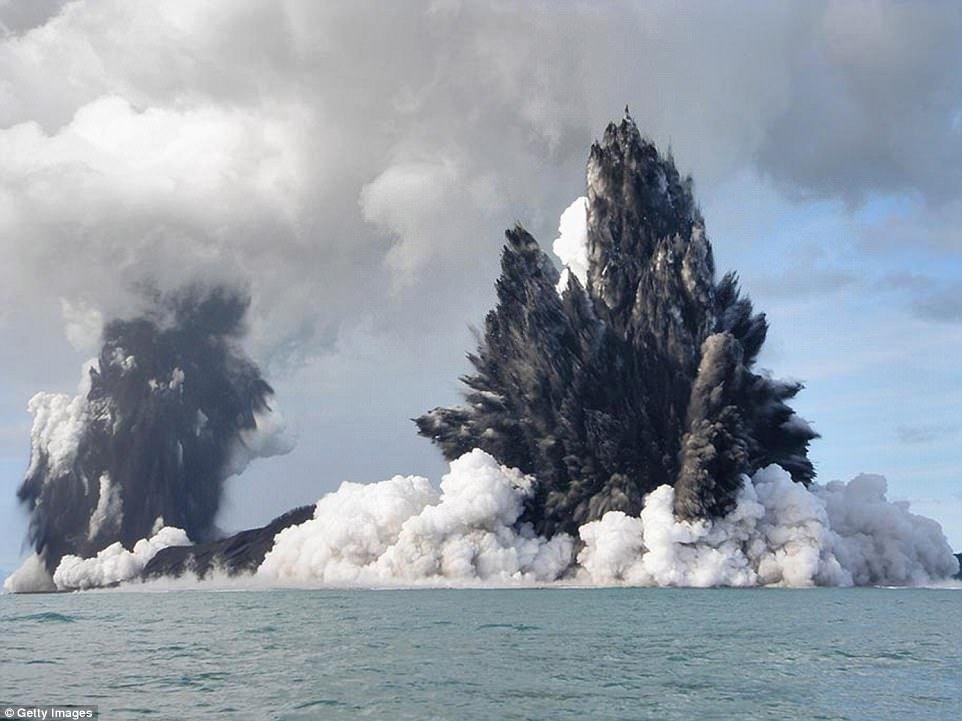 underwater volcano names