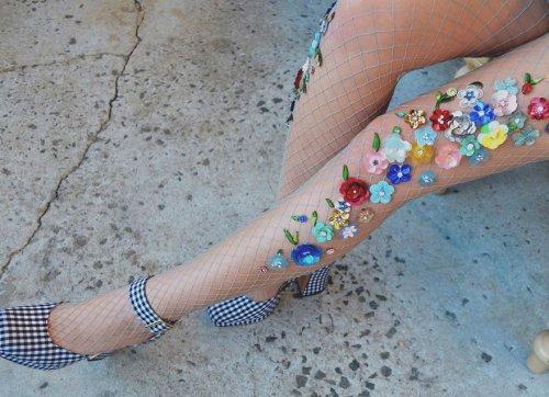Декоративные колготки в сеточку от Лирики Матоси (24 фото)