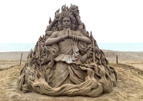 Впечатляюще детализированные песочные скульптуры Тосихико Хосаки (12 фото)
