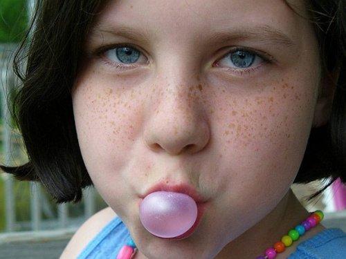 Топ-25: Интересные факты про жевательную резинку, которые вы могли не знать