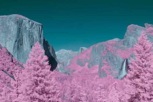 Инфракрасные снимки парка Йосемити, похожего на другую планету (13 фото)