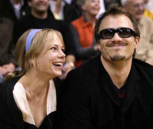 Фотографии знаменитостей, какими вы их ещё не видели (23 фото)