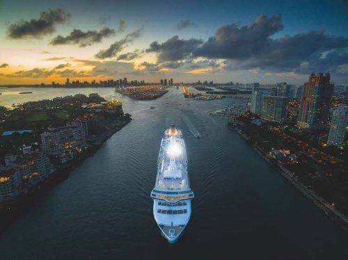 Потрясающие снимки живописных мест по всему миру, сделанные с помощью дронов (10 фото)
