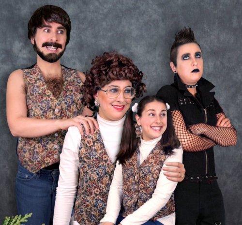 Забавные и нелепые семейные фотографии (15 шт)