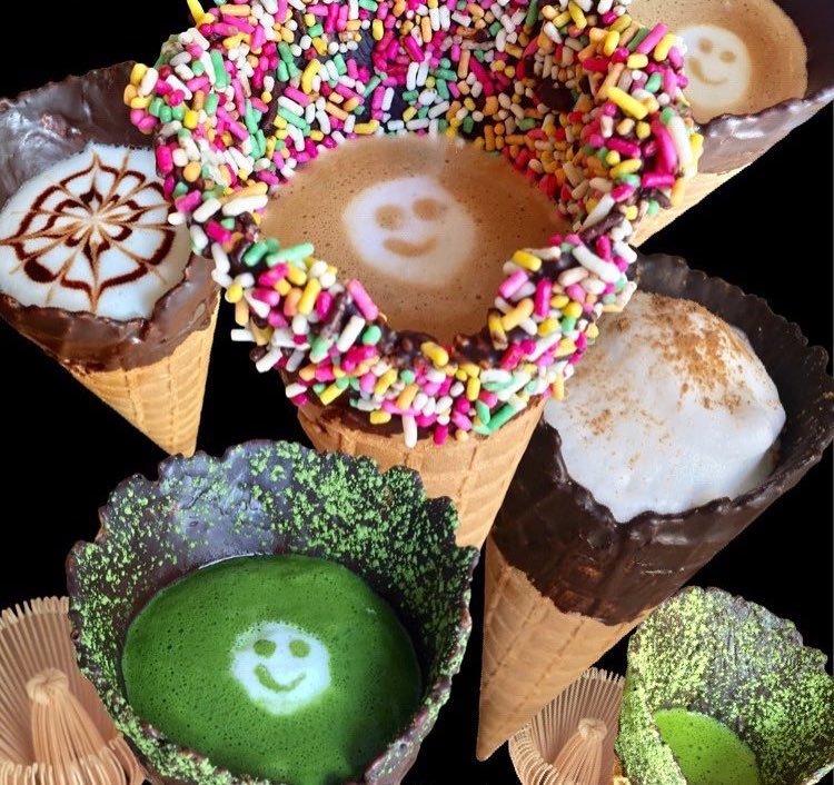 Новый тренд от японского кафетерия: кофе в конусе (13 фото)