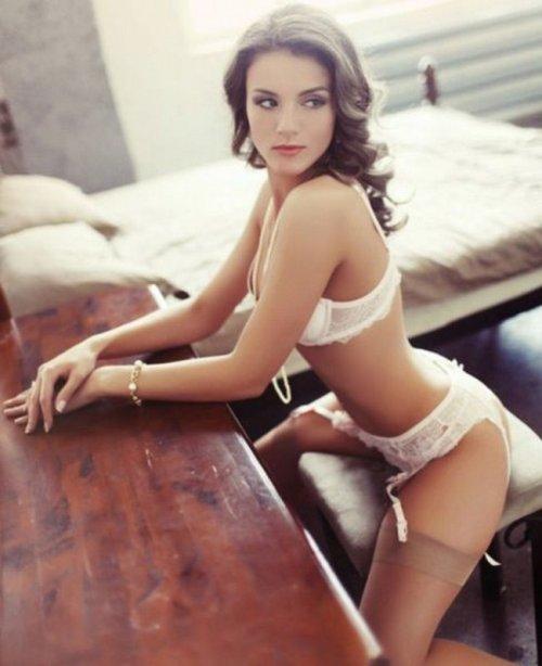 Секси-девушки в нижнем белье (24 фото)