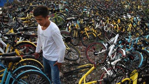 Велосипедные кладбища Китая: как выглядят 23 тысячи заброшенных велосипедов (5 фото)