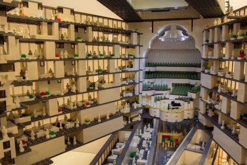 Гамбургская Эльбская филармония, воссозданная из 20.000 кирпичиков LEGO (13 фото)
