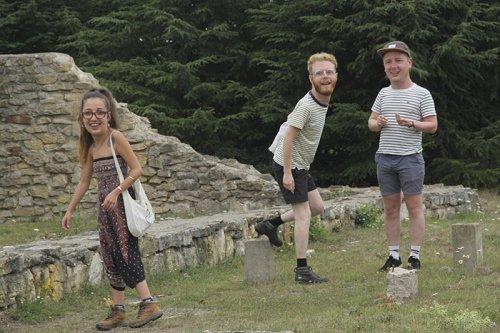 Когда отдыхаете с друзьями в отпуске, как дети (13 фото)