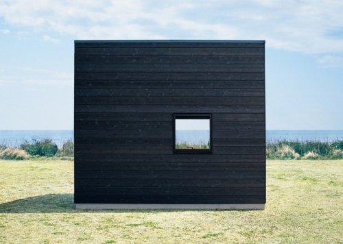 Минималистичные деревянные дома Muji Hut (6 фото)
