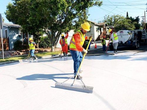 Узнай, зачем власти Лос-Анджелеса перекрасили улицы в белый цвет (6 фото)