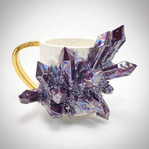 Керамическая посуда со сверкающими кристаллами от Коллина Линча (15 фото)