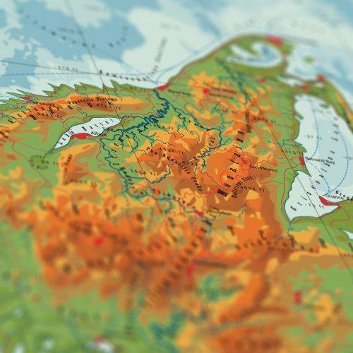 Вымышленные карты в честь животных, природы и знаменитых путешественников (10 фото)