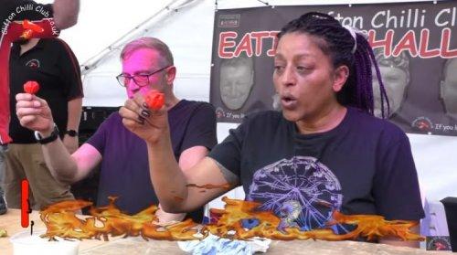 Знакомьтесь, Сид Барбер – непревзойденная королева по поеданию жгучего перца (3 видео)
