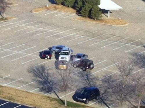 Гении парковки и справедливое возмездие (17 фото)