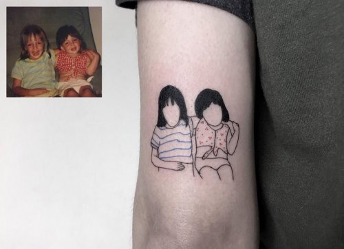 Тату-художник воссоздаёт ностальгические фотографии в виде простых татуировок (9 фото)