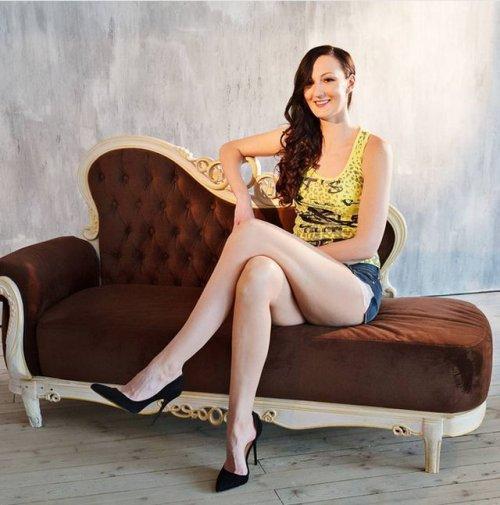 Бывшая баскетболистка Екатерина Лисина попала в Книгу рекордов Гиннесса как обладательница самых длинных в мире ног (13 фото)